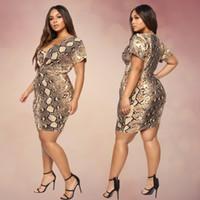 mini vestido sexy estampado animal al por mayor-vestido atractivo de serpiente de impresión 2019 NUEVO verano con un nuevo vestido de la manera vaina de la cadera barato y fino