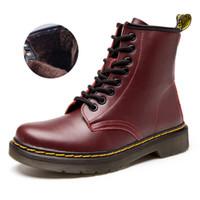 botas de piel de hombre al por mayor-Marca de fábrica de los hombres botas Martens cuero invierno cálido zapatos motocicleta para hombre botín Doc Martins piel par Oxfords zapatos