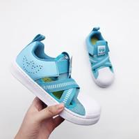 sandales bleu enfant achat en gros de-Enfants Designer Chaussures Jaune Gris Rouge Bleu Rose 2019 Nouveau Casual Mode Sandales De Luxe Sandal Tendance Modèle Ados Garçon Filles En Gros