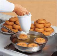 bolo de gadget de ferramentas venda por atacado-Máquina De Fazer Rosquinha De Plástico Molde DIY Ferramenta de Cozinha Pastelaria Fazer Asse utensílios de cozimento para bolos Donut moldes de cozinha gadgets