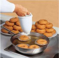 pastacılık makineleri toptan satış-Plastik Çörek Maker Makinesi Kalıp DIY Aracı Mutfak Pasta Yapma Fırında Eşya kek için pişirme araçları Donut kalıp mutfak alet