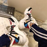 parte superior arqueada al por mayor-2019 diseñadores de zapatos para mujer para hombre viejo papá zapatillas Archlight la zapatilla de deporte de calidad superior del arco vestido que camina El aumento Mostrar los zapatos 35-45 Chaussure