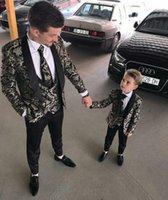 Wholesale little boy wearing white suit resale online - Men Suits Beach Groomsmen Wedding Tuxedos For Men Peaked Lapel Formal Prom Suit Jacket Pants Vest Tie Little Boys Formal Wear