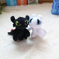 drachenfliegen spielzeug groihandel-Neue Drachen Trainer kleines weißen Drachen zahnlos fliegende Drachen Puppe Schlüsselanhänger Anhänger Spielzeug der Kinder Geschenk p179