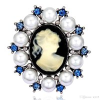 Wholesale white animal brooches for sale - Group buy Animal Flower Designer Brooches Wild Costume Brooch Luxury Crystal Brooch Pins Women Mens Jewelry Multiple Styles