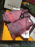 ingrosso sciarpa di volpe blu-Conservazione del calore degli ultimi uomini e donne autunno inverno pecora sciarpa di lana a maglia color bar lettera design pregevole sciarpa di marca di fattura