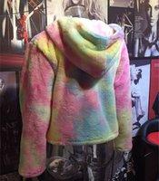 sobretudo de chegada venda por atacado-Brasão Outono Mulheres Winter menina Casacos de pele camisola Sherpa Gradiente Cardigan Top New Arrival tingido coloridas roupas casaco C102106 quente