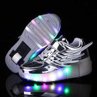 patinaje sobre ruedas al por mayor-Niños Luces LED Zapatos Zapatillas de deporte con ruedas para niños con ruedas Luces brillantes para niños Zapatillas para correr