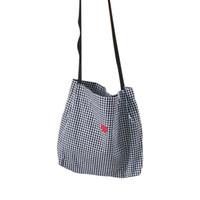 weiße strand-einkaufstaschen großhandel-Frauen Leinwand Umhängetasche Schwarz Weiß Plaid Rot Herz Stickerei Damen Einkaufstasche Handtaschen Totes Baumwolltuch Strandtaschen