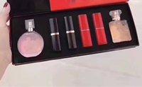 parfüm 15ml toptan satış-Modası Makyaj Hediye Kutusu 6Pcs Kiti 4pcs Rujlar + 15ml Pembe Parfüm + 15ml Co parfüm 6in1 Seti Marka Kozmetik