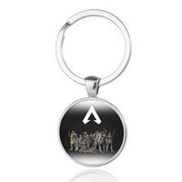 ingrosso souvenir fan-Apex Legends Keychain Hot Game Logo Figure Portachiavi Fans Souvenir Friends Regalo in vetro fatto a mano Cabochon Anello portachiavi auto