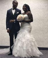 vestidos de chiffon de renda bege venda por atacado-Sereia Africano Vestidos De Noiva Com Plissados Querida Em Camadas Saia Inchado Plus Size Vestido De Noiva Sweep Trem Lace Up Voltar Vestidos De Noiva
