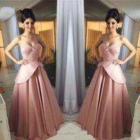 ingrosso roba soiree peplum-Vintage Una linea Pearl rosa vestiti lunghi da promenade del raso vesti de soirée pieghe Peplum elegante vestito convenzionale per gli abiti da sera delle donne