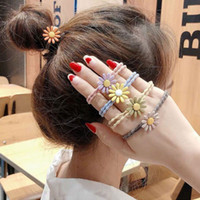 liens de cheveux coréens achat en gros de-2019 New Tiara Bijoux De Cheveux Coréen Mignon Marguerite Fleur Élastique Corde Hairband Attaché Cheveux Titulaire de queue de cheval Pour Femmes Filles Accessoires