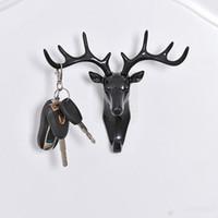 hayvanlar anahtar başlığı toptan satış-Geyik Kafası Hayvan Kendinden Yapışkanlı Giyim Ekran Rafları Kanca Ceket Askı Kap Odası Dekor Gösterisi Duvar Çanta Tuşları Yapışkan Tutucu T0303