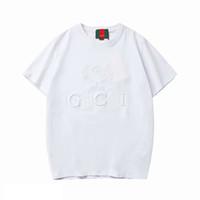 gündelik erkekler giyim tarzı toptan satış-2019 Yeni Varış Tasarımcı Erkek Kadın Tee Gömlek Yaz Lüks T-shirt Erkek Giyim Mektup Baskı Moda Rahat Tarzı Marka Gömlek İtalya