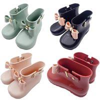 sevimli kız ayakkabıları yaylar toptan satış-Mini Melissa Bow Yağmur Botları Kız Bebek Bebek Jelly Kaymaz Boots Çocuk Tasarımcı Su Ayakkabı Sevimli Kısa Prenses Bilek Boots A6504
