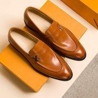 lüks seksi parti elbisesi toptan satış-Erkekler ShoesFashion Lüks 2019 Marka Erkek Rahat Ayakkabılar Erkek Tasarımcı Elbise Ayakkabı Seksi Parti Düğün Ayakkabı Erkek Lüks Tasarımcı Sneakers