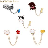 Discount enamel animal brooches New Design Cute Animal Enamel Pins 5 Styles Cartton Cat Fish Dog Bone with Chain Brooches For Kids Women Badges Clothes Wholesale