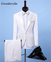lüks düğün smokinleri toptan satış-Gwenhwyfar Ceket + Pantolon Moda Erkekler Blazers Slim Fit Beyaz Kristal Erkek Şarkıcı DJ Düğün Casual Suit Smokin Lüks Suits