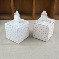 bebek duş için mavi şekerlemeler toptan satış-50 adet Biberon Şekli Hediye Kutusu Pembe ve Mavi Noktalar Karikatür Bebek Duş Doğum Günü Favor Şeker Kutuları Kutlama Part ...