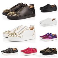 zapatos de punta en línea al por mayor-los zapatos de lujo de moda de diseño inferiores del rojo tachonado Spikes pisos en amantes de los hombres del partido brillante negro mujeres de la venta informal zapatillas de deporte en línea
