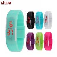 bracelets à leds verts achat en gros de-Chine Bracelet LED Montre intelligente Noctilucence Compass Calendrier coloré Bluetooth Sport Smart pour tout téléphone intelligent