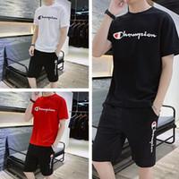 ingrosso i joggers vestono gli uomini-Champion Brand Maglietta e pantaloncini da uomo Set Pantaloncini estivi Tute T-shirt firmate Pantaloncini Uomo Abiti Gym Jogger Abbigliamento M-4XL Nuovo C71603