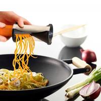ingrosso gratella di spirelli-Affettatrice a spirale vegetale Spirelli gratin Cucina Spiralizer Julienne Cutter Carrots Gadgets