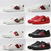 zapatos de serpiente al por mayor-Designer Shoes ACE para mujer de los hombres del cuero de lujo Triple Negro Blanco Rojo Casual zapatos de la estrella de la vendimia de la raya de la serpiente abeja las zapatillas de deporte de la plataforma
