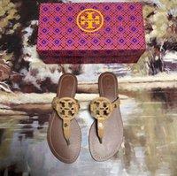 ingrosso uomini donne coppia sandali-Top Quality Uomo Donna Lettera fibbia in metallo Coppie Scarpe infradito Sandali piatti in pelle di vacchetta