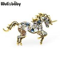yeni yıl broşları toptan satış-Wulibaby Rhinestone Unicorn Broş Kadınlar Alaşım At Hayvan Düğünler Ziyafet Broş Yılbaşı Hediyeleri