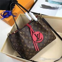 Wholesale 2019Ladies handbag handbag fashion classic shoulder bag fashion leather handbag mixed order handbag3 A128