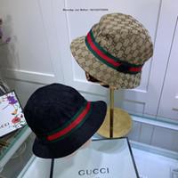 chapéus de palha artesanais venda por atacado-Designer de luxo New Handmade Colorido Palha Chapéus de Sol Para As Mulheres Senhora Dobrável Cap Verão Grande Praia de Aba Grande