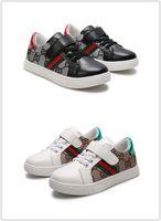 kızlar için koşu ayakkabıları toptan satış-2019 Yeni Varış erkek kız çocuklar için Hava Ultra Koşu Ayakkabıları rahat Sneakers Çocuk Tasarımcı Spor Ayakkabı siyah beyaz yeşil boyutu 22-35