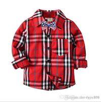 chemise à carreaux rouge noir achat en gros de-Beau look garçon chemise à carreaux rouge Couleur de contraste Contrôles de carreaux noirs Taille différente 10pcs / lot