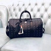 Wholesale medium duffle bag for sale - Group buy Fashion duffle bag men women travel bag classical hot sale high quality gym weekend luggage bags keepall