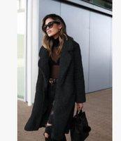 ingrosso donne con colletto in pelliccia-Sconto Donne Shaggy Faux Fur inverno caldo di spessore Fluffy cappotto a maniche lunghe risvolto rivestimento del collare cappotto Outwear