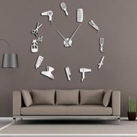 relojes decorativos para paredes al por mayor-DIY Barber Shop Reloj de pared gigante con efecto espejo Barber Toolkits Reloj decorativo sin marco Reloj Peluquería Barber Wall Art
