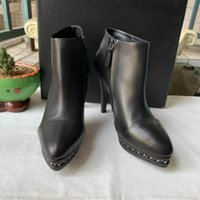 Wholesale shoes for short women for sale - Group buy Women Ankle Leather Boots Fashion Flat Short Boot in Calfskin Martin Shoes for Winter Low Heel with colors of Black size