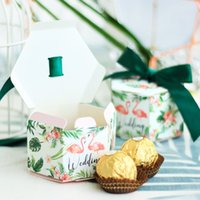 Wholesale popular wedding gifts for sale - Hexagonal Shaped Candy Boxes Wedding Favors Party Supplies Dark Green Flamingo Pattern Sweet Gift Box Popular yr BB