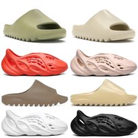 hombres sandalias de diapositivas al por mayor-2020 Slipper kanye west Hombres Mujeres Slide Bone Earth Marrón Desert Sand Slide Resin zapatos de diseño Sandalias Foam Runner talla 36-45