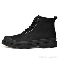 zapatos de cuero para hombre a pie al por mayor-2018 Mens invierno botines de cuero genuino de moda forrado zapatos para caminar hombres impermeables botas de nieve caliente negro motocicleta de gran tamaño