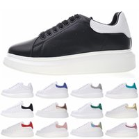 Wholesale ladies dark blue shoes for sale - Fashion Luxury Men Women Designer Shoes New Colors Lady Girls Family Casual Falt Shoes Lace Up Hiking Outdoor Runner Sneakers