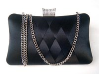tissage plus proche achat en gros de-Nouveau sac tissé pour femmes avec sac à diamants en diamants tissé à la main, en soie, en soie, sac de rangement ajusté à l'épaule