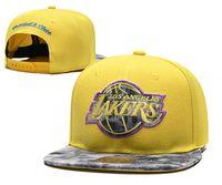 schnappt kappen großhandel-Gute Art und Weise neue Basketball-Hysteresen-Baseball alle Team-Fußball-Hysteresen-Hüte Die flachen Kappen der Männer der Frauen Hip Hop-Kappen billige Hysteresen-Sport-Hüte
