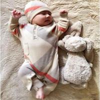 camisa rosa gran lazo al por mayor-Ropa de invierno Bebé recién nacido Niño Niña Suéter de punto Mono con capucha Niño Niño Ropa de abrigo y gorro Cálidos mamelucos para bebés