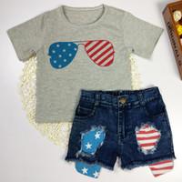 ingrosso bandiera americana ragazza moda-Denim Sets Summer Fashion Infant Toddler Baby Ragazzi Ragazze American Flag Splice T-Shirt Shorts Outfit Set Vetement Enfant Fille