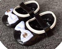 beşik markaları toptan satış-İlkbahar Sonbahar Yenidoğan Bebek Bebek Marka Yumuşak Ayakkabı Kız Erkek İlk Yürüyenler Moda rahat Makosenler Yatağı Ayakkabı 5 renk B206