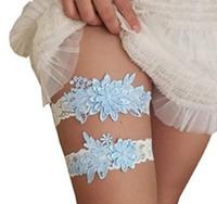 mavi jartiyer beyaz dantel toptan satış-Stok Beyaz Kırmızı 2 Parça set Gelin Bacak Dantel Garters Balo Jartiyer Gelin Düğün Jartiyer Kemer Dantel Açık Mavi Düğün Aksesuarları Içinde stok